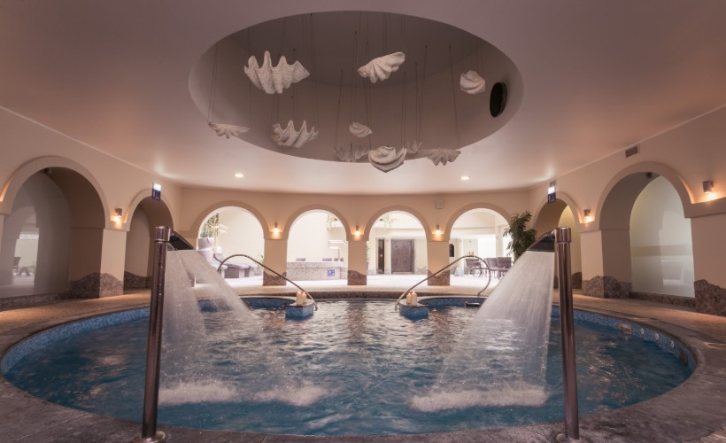 22.	Strand Spa & Conference Hotel